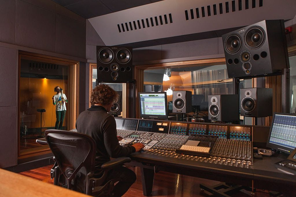 Higher National Diploma in Production / Sound Engineering